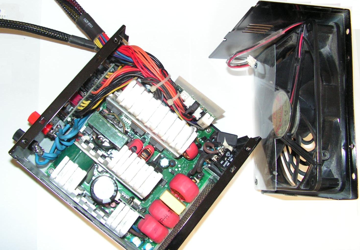 Alimentation à découpage pour émetteur-récepteur radioamateur Alim-pc-12v-11
