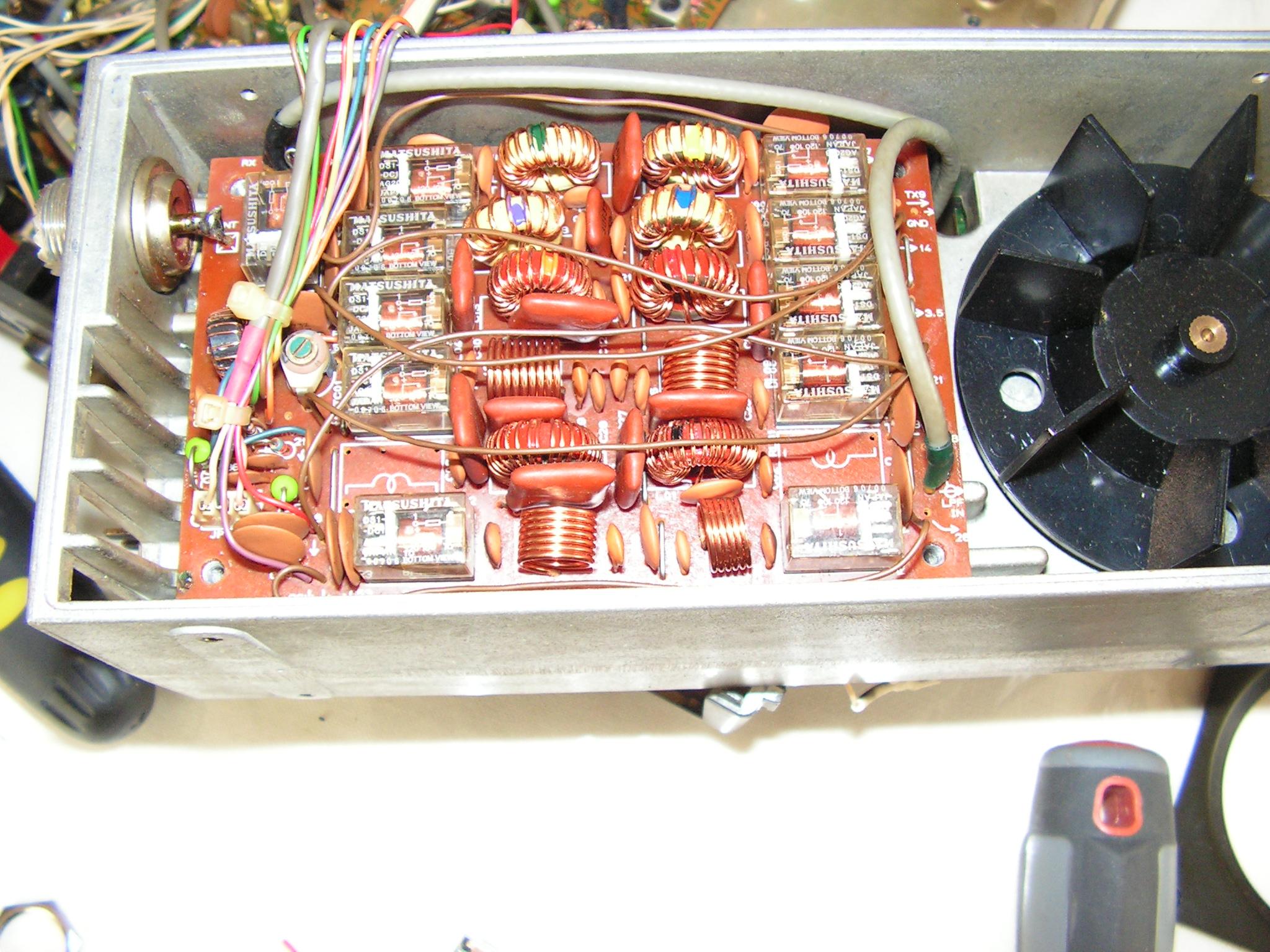 FT747 GX : Panne en émission  Filtre-ampli-04