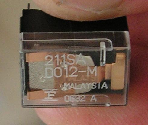 FT747 : Panne juste à partir de 21.500 Mhz Relais-mauvais