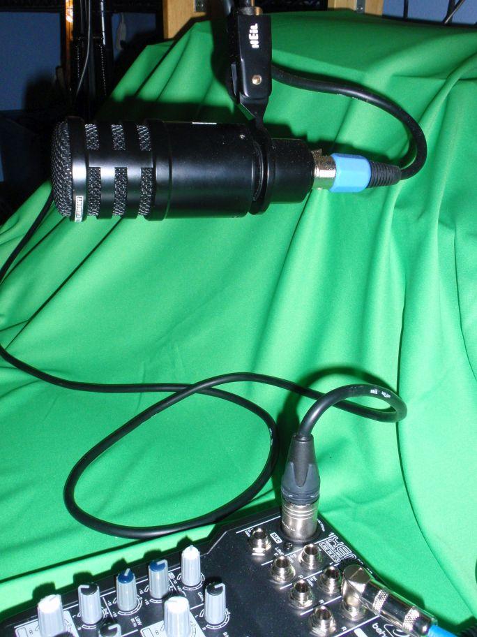 ICOM IC7300 et HEIL PR781 CableInFromMIC